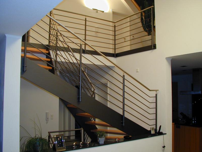 Treppen Innen gerade-gewendelt - Ideen aus Stahl... Hillebrand